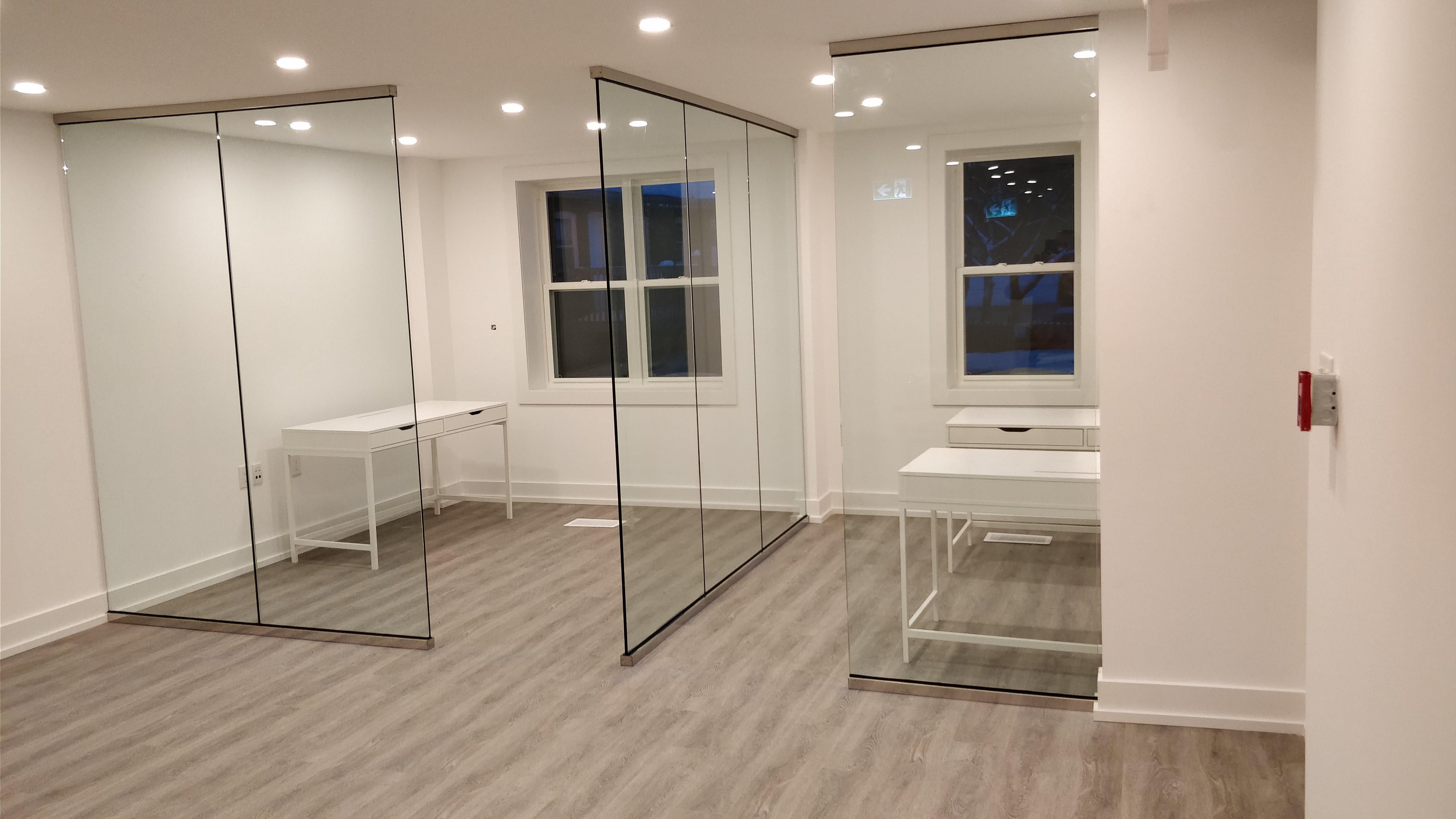 Glass partition installation toronto